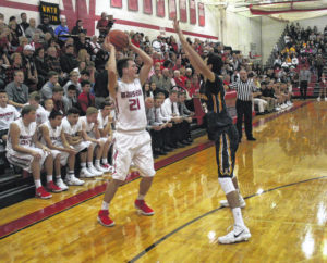 Indians hold off Streaks in opener